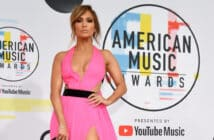 LOS ANGELES, CA - OCTOBER 09:  Jennifer Lopez attends the 2018 American Music Awards at Microsoft Theater on October 9, 2018 in Los Angeles, California.  (Photo by Kevin Mazur/Getty Images For dcp)