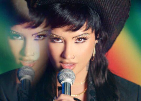 Demi Lovato – Melon Cake